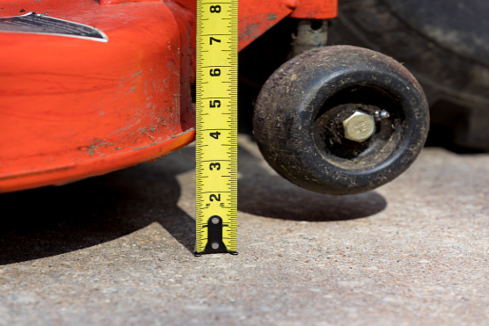 Should You Scalp the Lawn Before Overseeding?